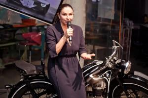 Наталья Синдеева открыла вечер презентации аудиокниги о BMW