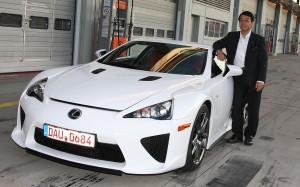 Завершен выпуск суперкара Lexus LFA