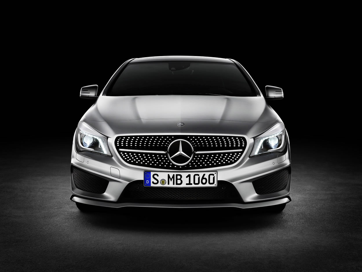 На Детройтском автосалоне показан Mercedes-Benz CLA